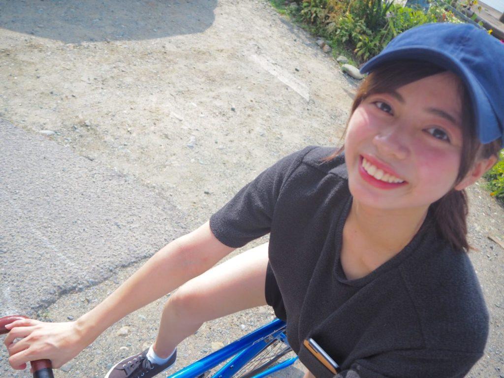 夏に四国をぐるりと旅したときの1枚。自転車に乗って海沿いを走ったのが最高でした。